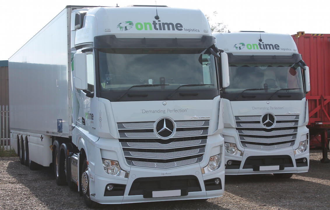 ontime-mercedes-in-yard